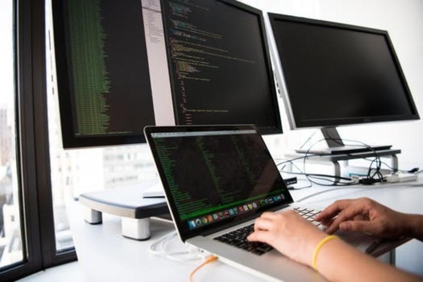 プログラミングスクールを選ぶときの注意点